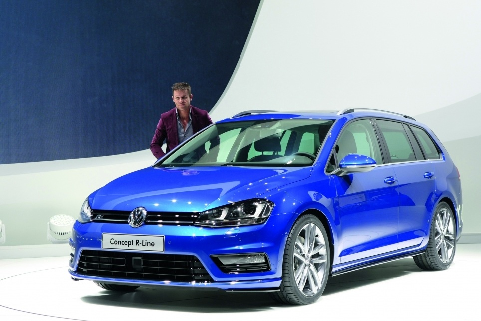 Golf 7 Estate R Line bleu