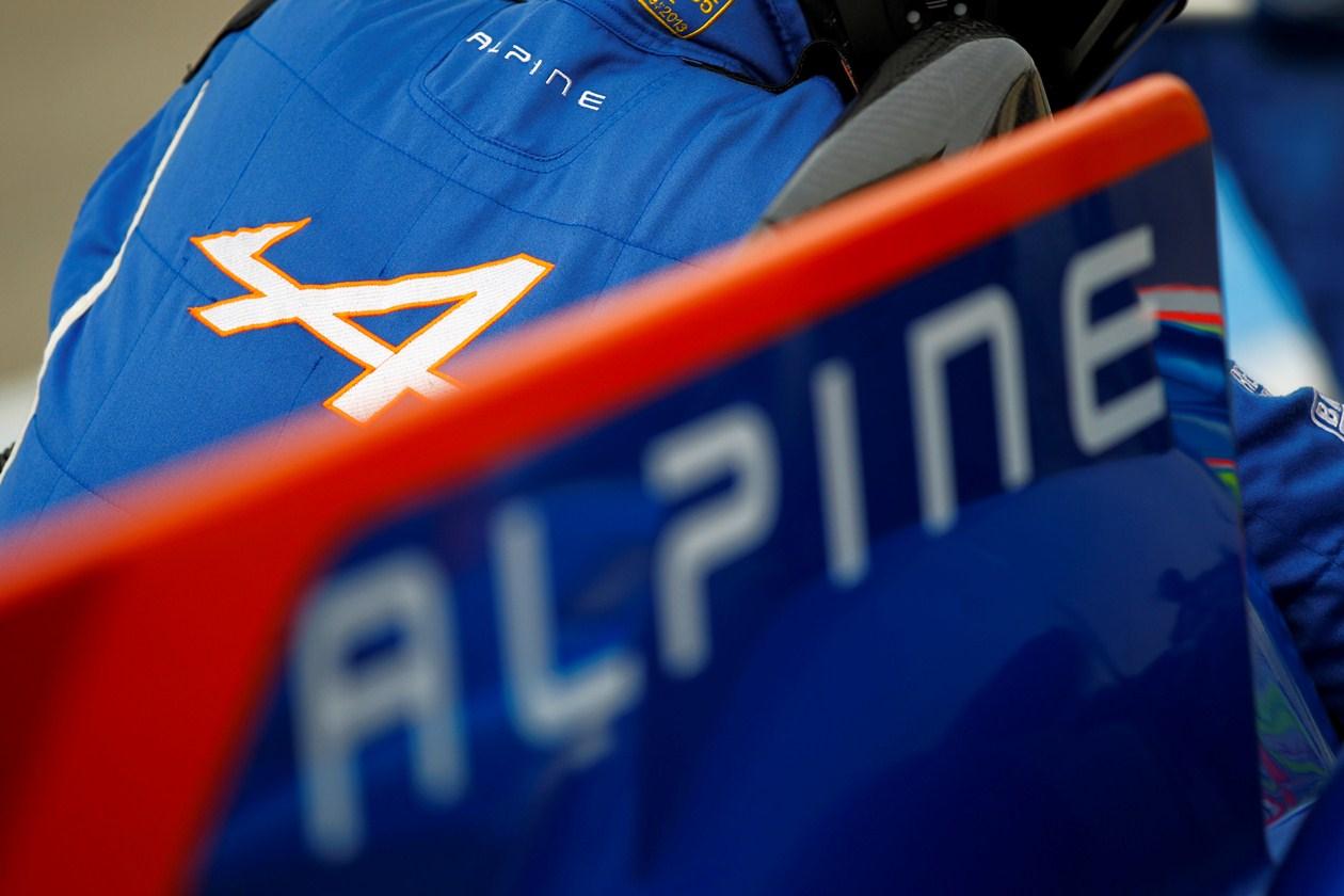 Alpine  A450 logo