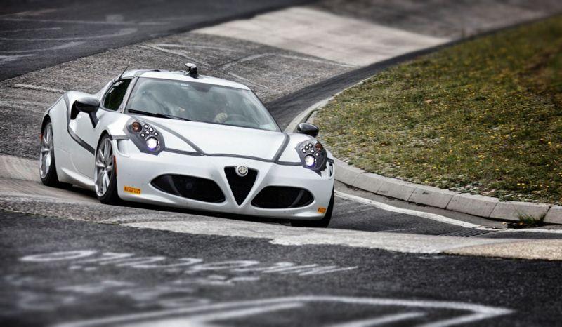 l'Alfa Romeo 4C bloucle le tour de Nurburgring en seulement 8,04 mn