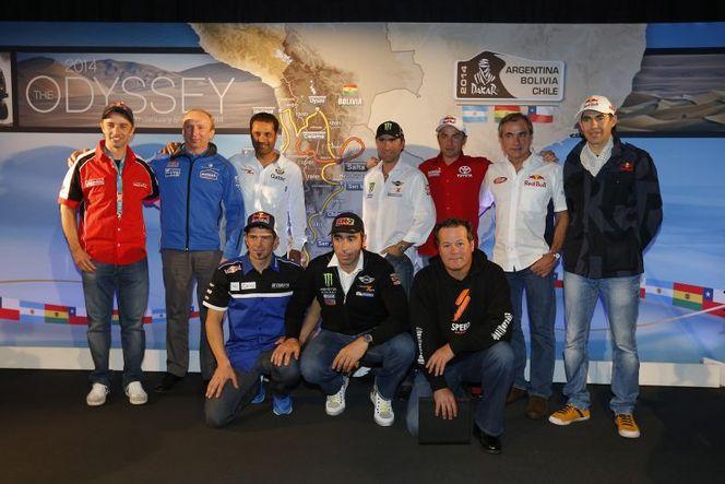 Dakar-2014-Carlos-Sainz-Nasser-Al-Attiyah-equipe-est-en-place