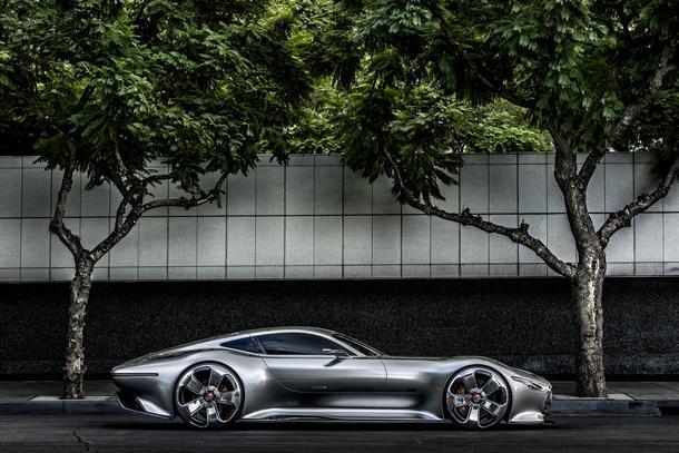 Mercedes-Benz-AMG-Vision-Gran-Turismo_3