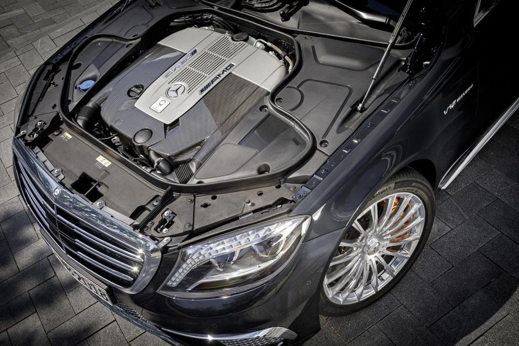 Mercedes S65 AMG 1