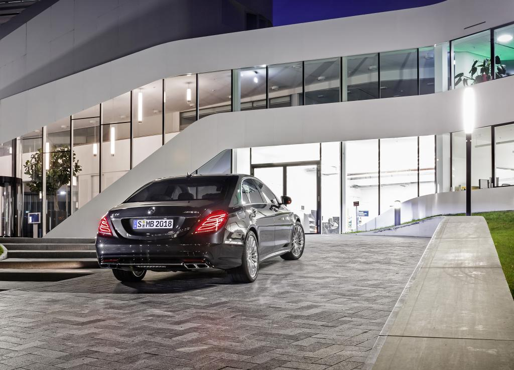 Mercedes S65 AMG 3