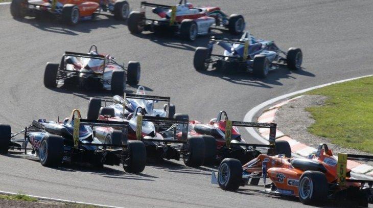 renault-sport-oreca-f3-2014