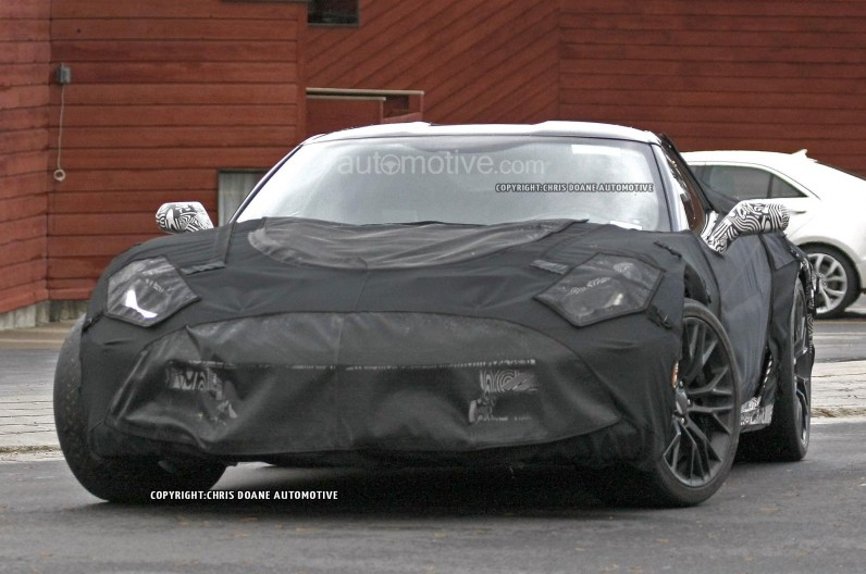 2015-Chevrolet-Corvette-Z06-Spy-Shot