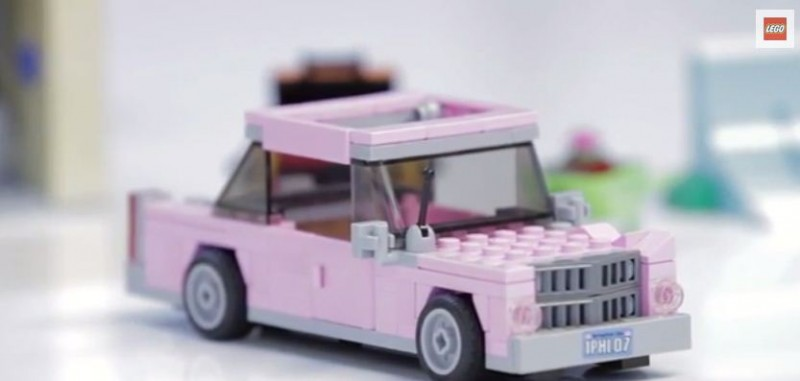 la voiture de homer simpson en lego. Black Bedroom Furniture Sets. Home Design Ideas