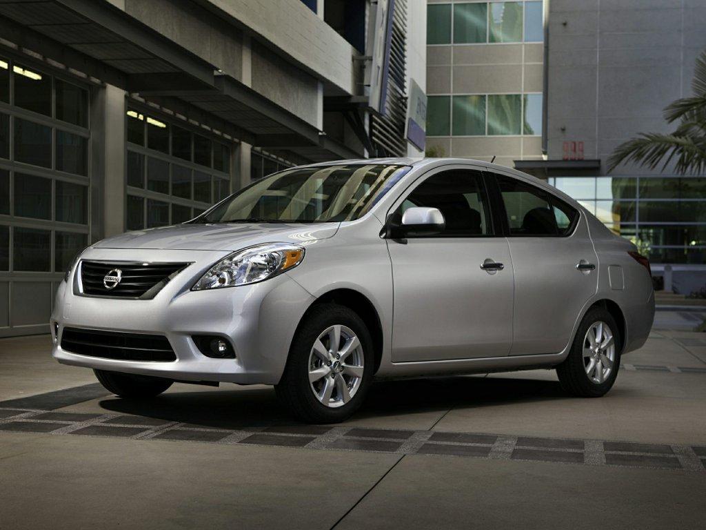 Nissan Versa Sedan