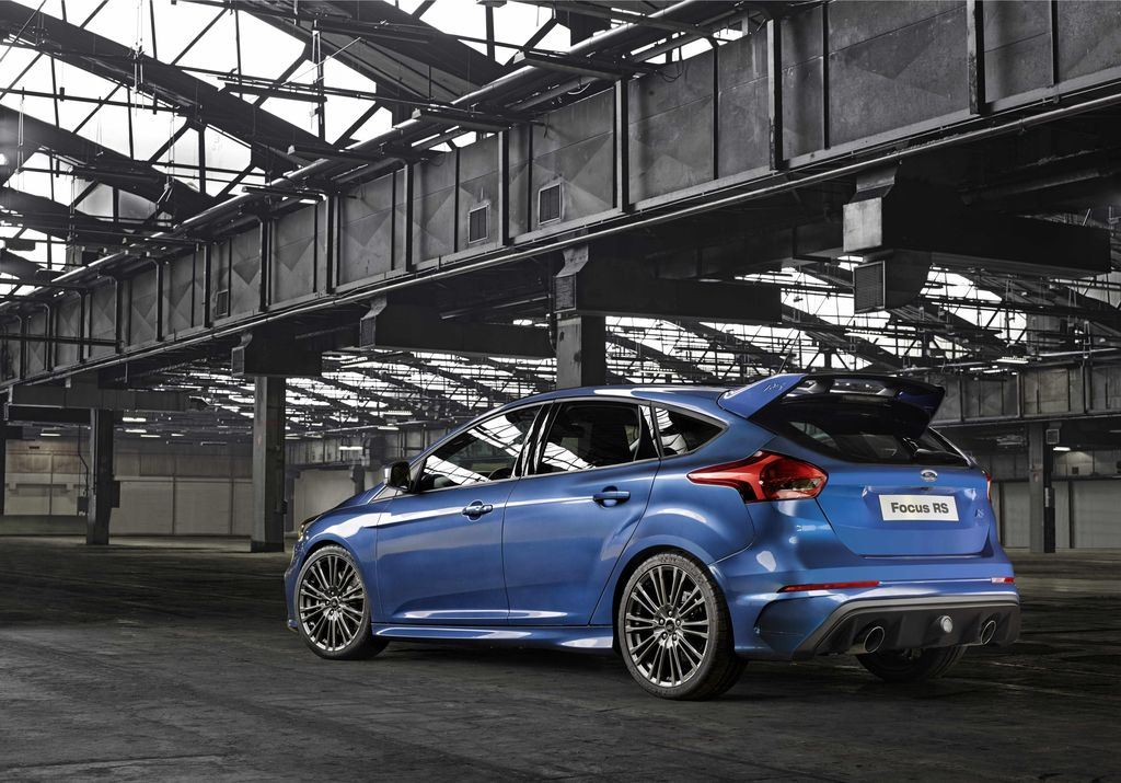 ford-focus-rs-2015_3