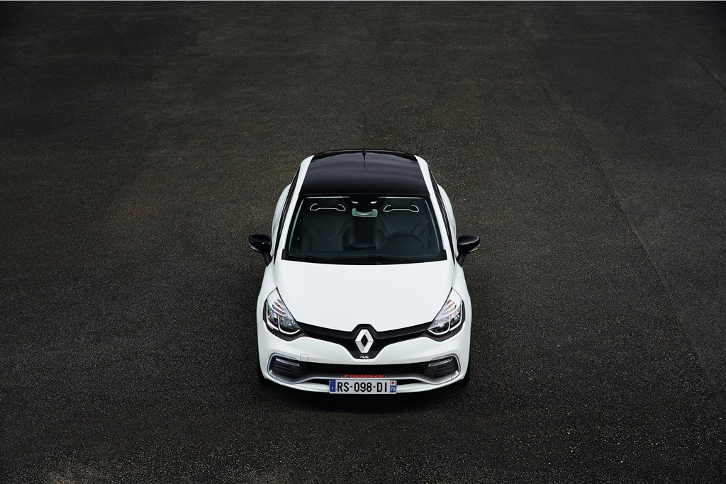 Renault-Clio-IV-RS-220-EDC-Trophy_14