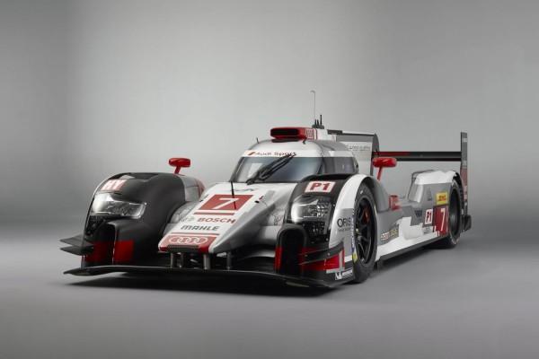 Audi dévoile sa R18 e-tron 2015