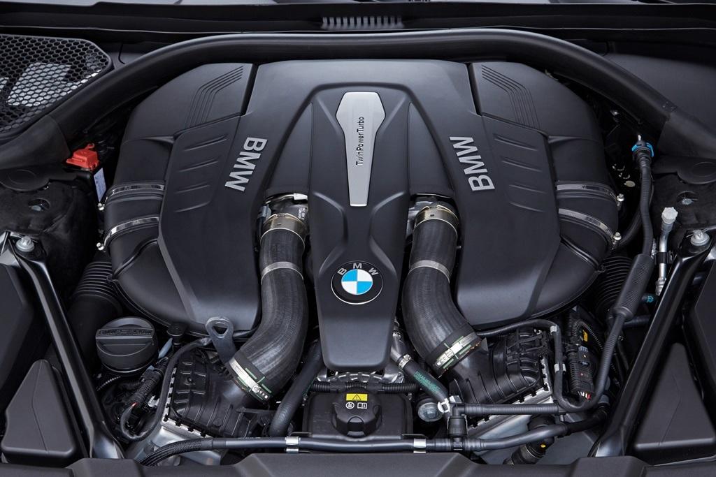bmw-serie-7-moteur_5