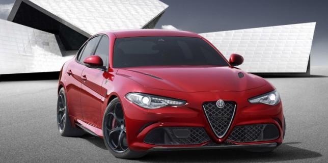 Alfa-Romeo-Giulia-2016