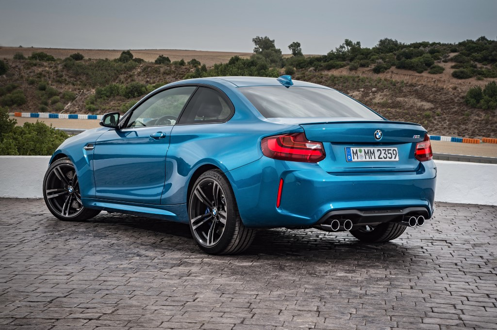BMW-M2-Coupe-2016_2