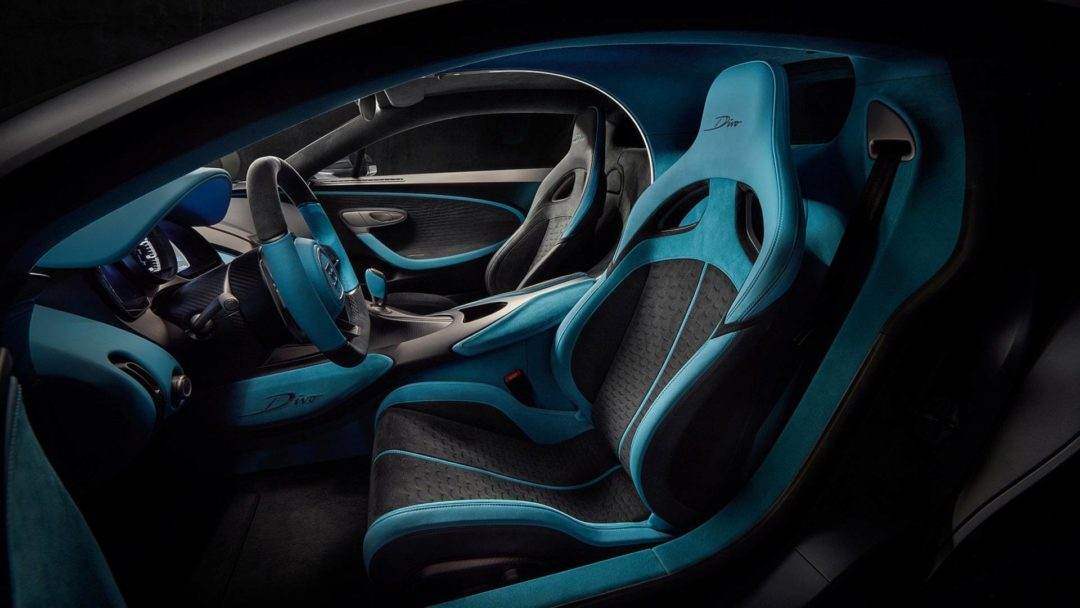 bugatti divo interieur conducteur